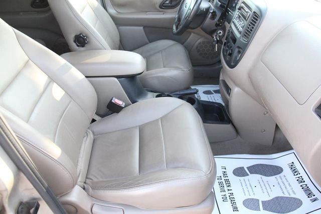 2001 Ford Escape XLT Santa Clarita, CA 14