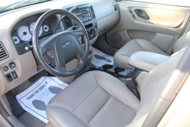 2001 Ford Escape XLT Santa Clarita, CA 8