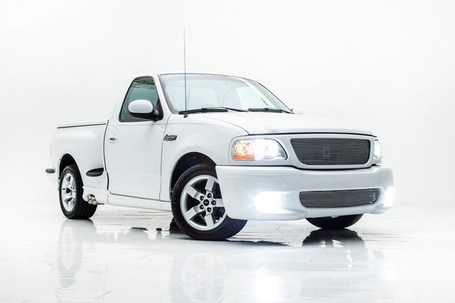 2001 Ford F-150 SVT Lightning in Carrollton, TX 75006