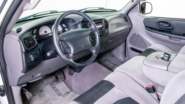 2001 Ford F-150 SVT Lightning in Dallas, TX 75229