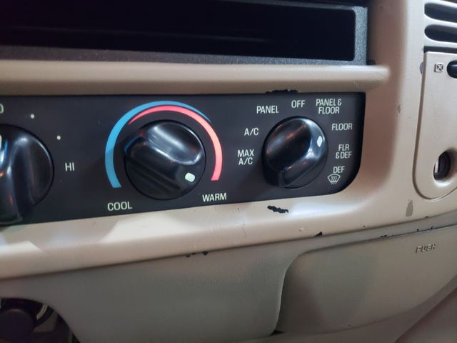 2001 Ford F-150 XLT Super Cab in Dickinson, ND 58601