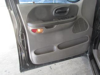 2001 Ford F-150 XLT Gardena, California 8