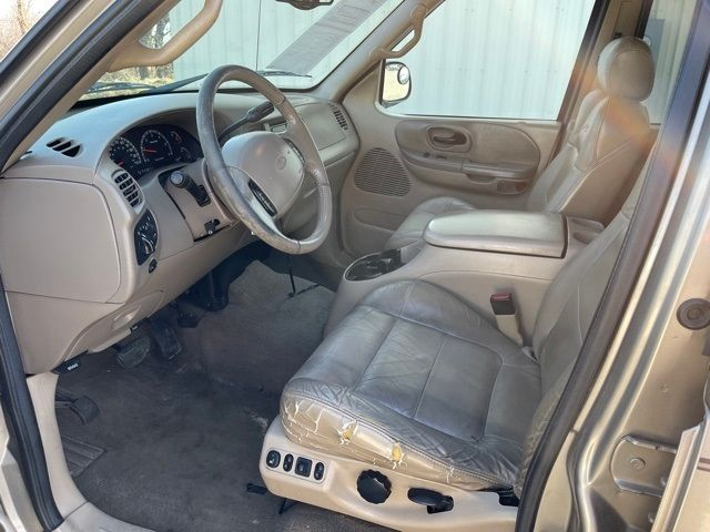 2001 Ford F-150 Lariat in Medina, OHIO 44256