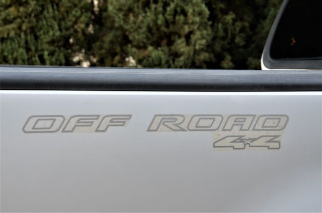 2001 Ford F-150 XLT in Reseda, CA, CA 91335