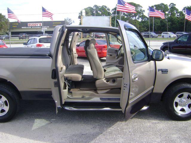 2001 Ford F150 XLT EXT CAB in Fort Pierce, FL 34982