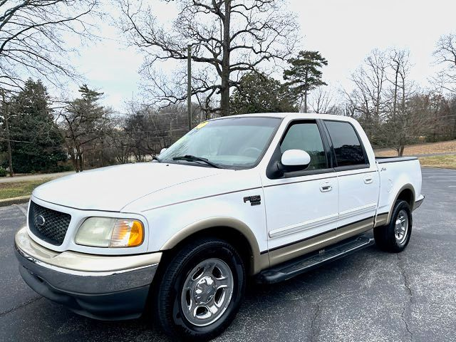 2001 Ford-Crew Cab-Lariet! F150-CLEAN 1 OWNER Lariat
