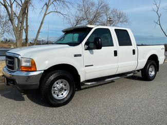 2001 Ford F250 Crew Cab 7.3L DIESEL 4X4 XLT LOW MILE SHORT BED RARE in Woodbury, New Jersey 08096