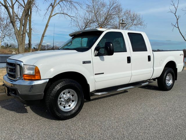 2001 Ford F250 Crew Cab 7.3L DIESEL 4X4 XLT LOW MILE SHORT BED RARE