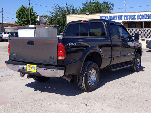 2001 Ford Super Duty F-250 XLT in Pleasanton, TX 78064