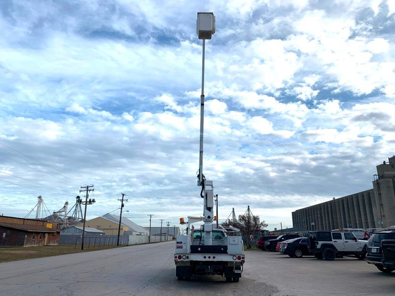 2001 Ford F450 BUCKET TRUCK    city TX  North Texas Equipment  in Fort Worth, TX
