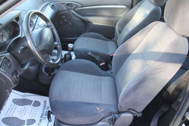 2001 Ford Focus ZX3 Santa Clarita, CA 17