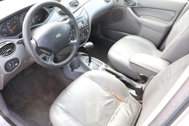 2001 Ford Focus ZTS Santa Clarita, CA 8