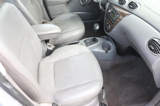 2001 Ford Focus ZTS Santa Clarita, CA 16