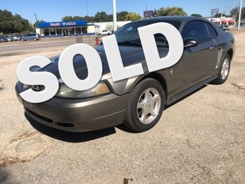2001 Ford Mustang 143k Miles Excellent Condition | Ft. Worth, TX | Auto World Sales LLC in Ft. Worth TX