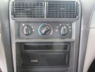 2001 Ford Mustang Standard Gardena, California 6
