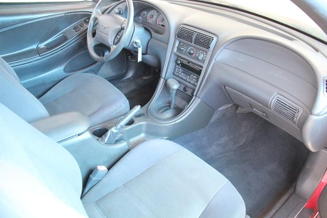 2001 Ford Mustang Deluxe Santa Clarita, CA 8