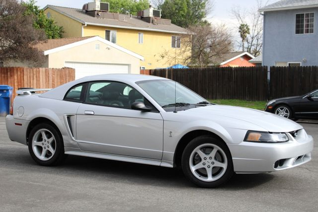 2001 Ford MUSTANG SVT COBRA 70K MLS 1-OWNER SERVICE RECORDS in Van Nuys, CA 91406
