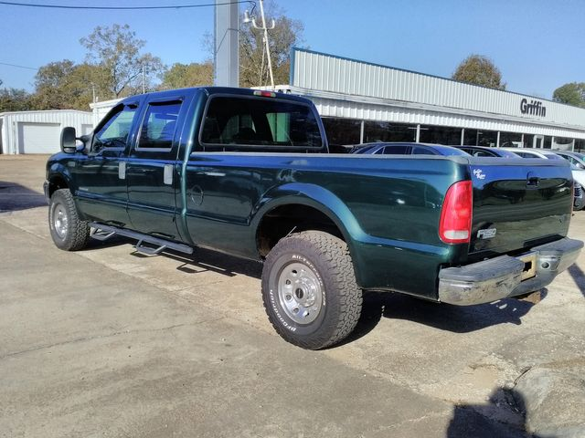 2001 Ford Super Duty F-250 4x4 XLT Houston, Mississippi 3