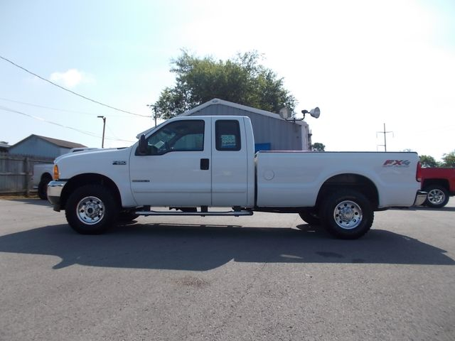 2001 Ford Super Duty F-250 XLT Shelbyville, TN 1