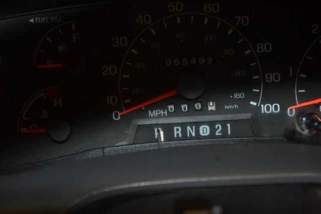 2001 Ford Super Duty F-350 DRW XL in IL, 61073