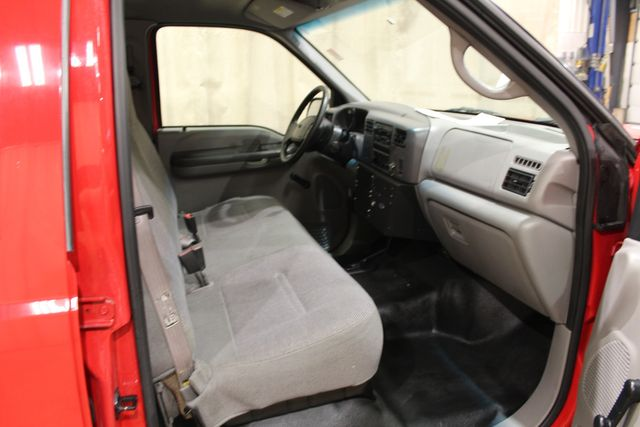 2001 Ford Super Duty F-450 cab and chassis 4wd diesel XL in Roscoe, IL 61073