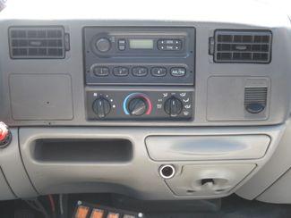 2001 Ford Super Duty F-550 XL  Glendive MT  Glendive Sales Corp  in Glendive, MT