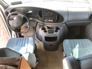 2001 Forest River Shasta-LOW MILES 36K! SHOWROOM !!  c class-SLEEPS 4!! Knoxville, Tennessee 13