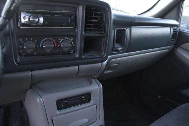 2001 GMC Yukon SLE Santa Clarita, CA 18