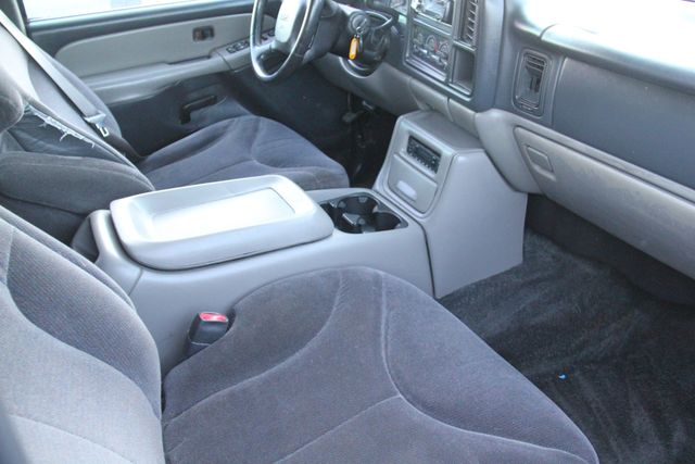 2001 GMC Yukon SLE Santa Clarita, CA 9