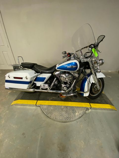 2001 Harley Davidson FLHPI ROAD KING POLICE in Ft. Worth, TX 76140