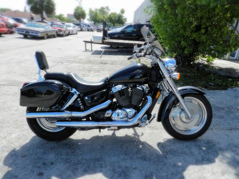 2001 Honda SHADOW VT1000 VT1100 SABRE  in Hollywood, Florida