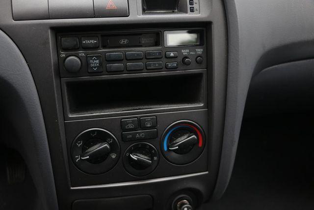 2001 Hyundai Elantra GLS Santa Clarita, CA 19