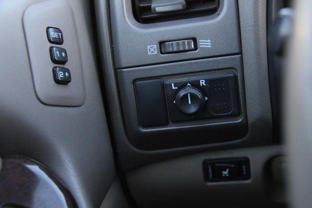 2001 Infiniti I30 Luxury Santa Clarita, CA 25