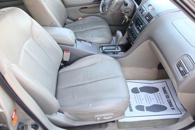 2001 Infiniti I30 Luxury Santa Clarita, CA 14