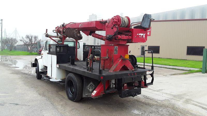 2001 International 4700 International 4700   city TX  North Texas Equipment  in Fort Worth, TX