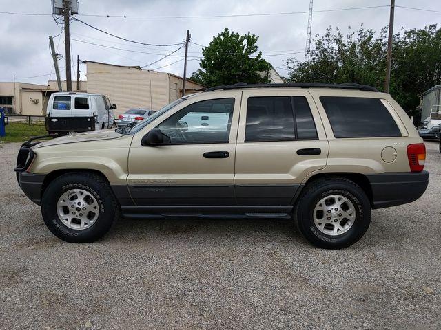 2001 Jeep Grand Cherokee Laredo in Pleasanton, TX 78064