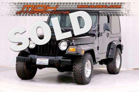 2001 Jeep Wrangler Sport - 4.0L I6 - Auto - AC - Hardtop in Los Angeles