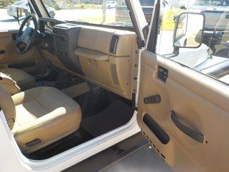 2001 Jeep Wrangler Sport Fayetteville , Arkansas 10