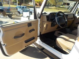2001 Jeep Wrangler Sport Fayetteville , Arkansas 7
