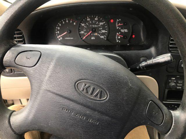 2001 Kia Sephia LS Knoxville, Tennessee 9