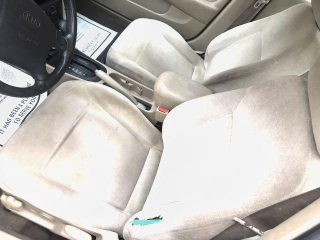 2001 Kia Sephia LS Knoxville, Tennessee 8