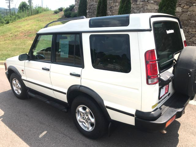2001 Land Rover Discovery Series II SE Knoxville, Tennessee 3