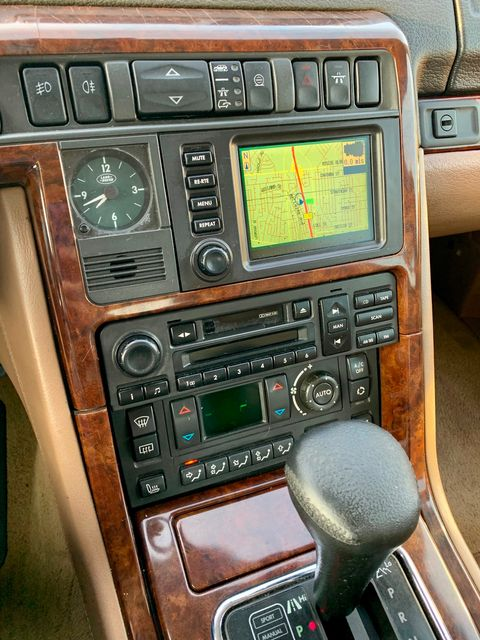 2001 Land Rover RANGE ROVER HSE NAVIGATION SERVICE RECORDS NEW TIRES in Van Nuys, CA 91406