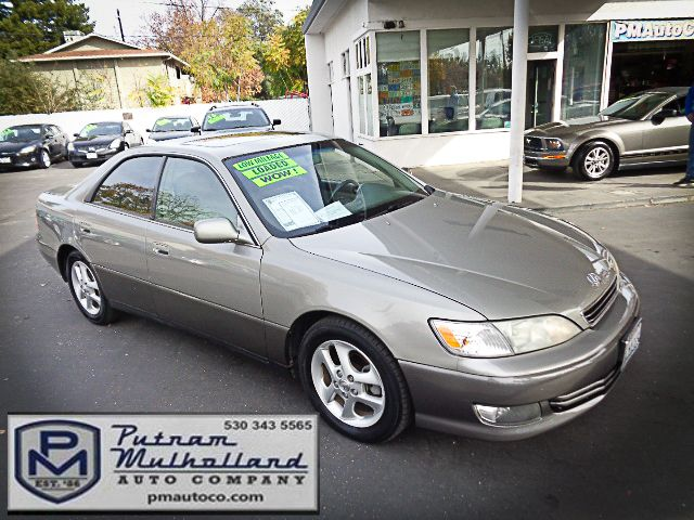 2001 Lexus ES 300 in Chico, CA 95928