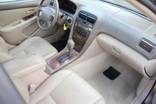 2001 Lexus ES 300 Santa Clarita, CA 9