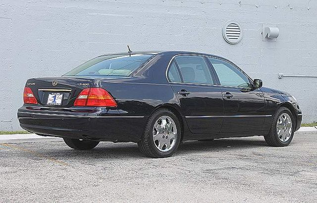 2001 Lexus LS 430 Hollywood, Florida 4
