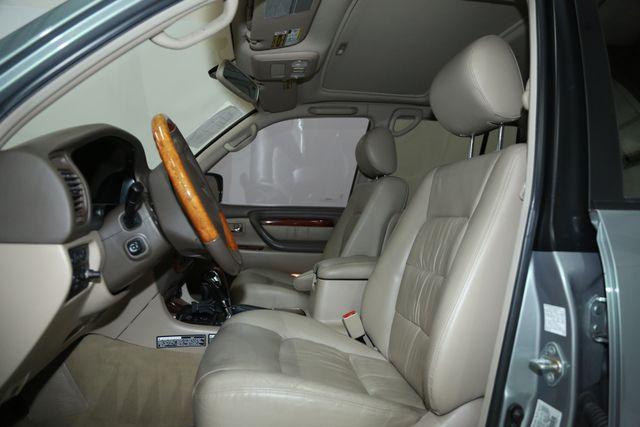 2001 Lexus LX 470 Houston, Texas 15