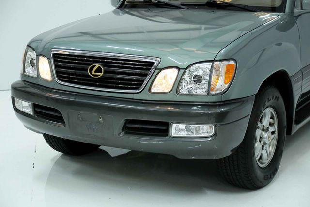2001 Lexus LX 470 Houston, Texas 12