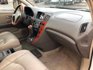 2001 Lexus RX 300 AWD Osseo, Minnesota 9