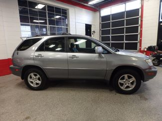 2001 Lexus Rx300 LOADED, CLEAN AND  VERY RELIABLE!~ Saint Louis Park, MN 1